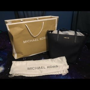 Michael Kors navy blue tote